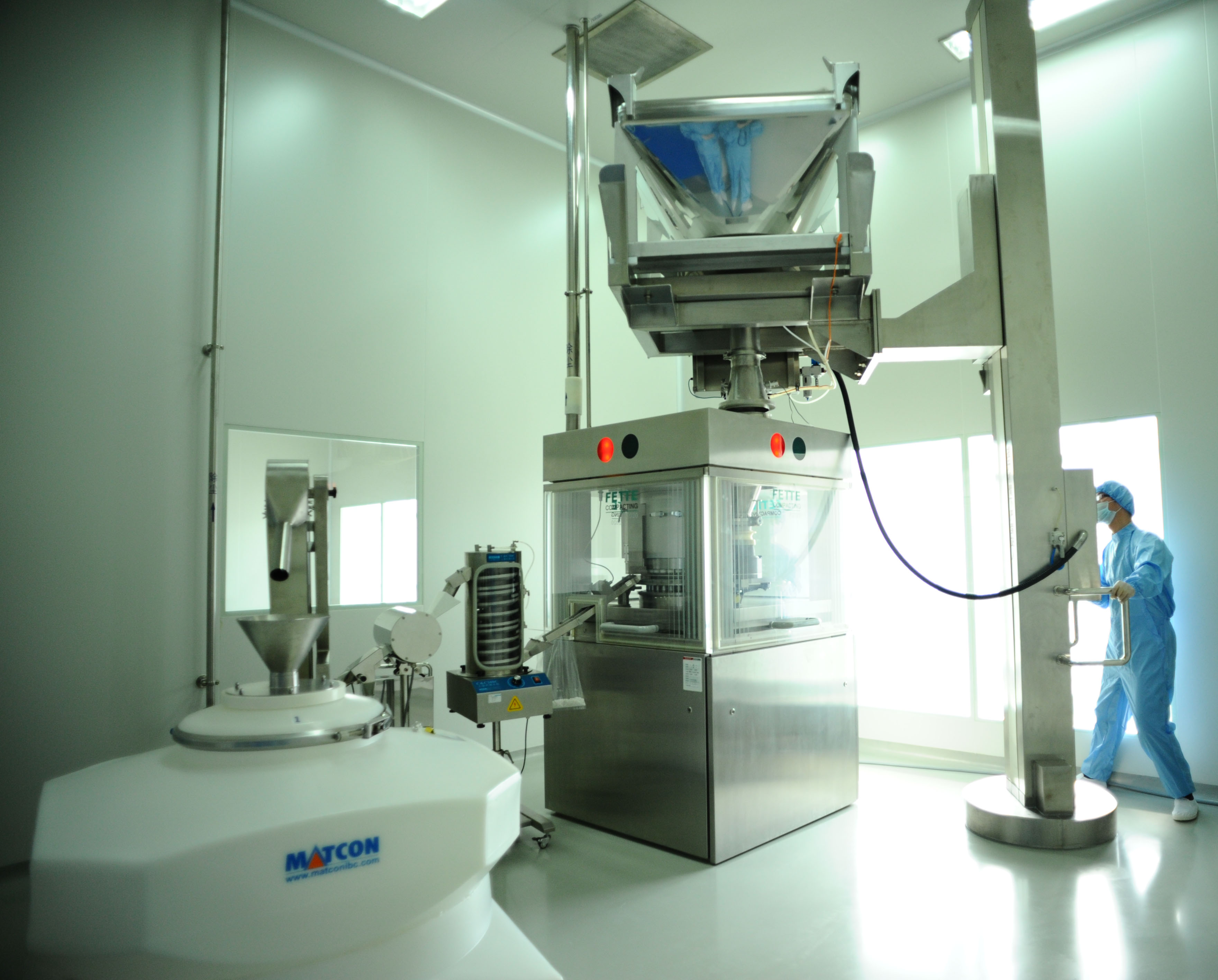 pillar lift being used in a pharmaceutical facility